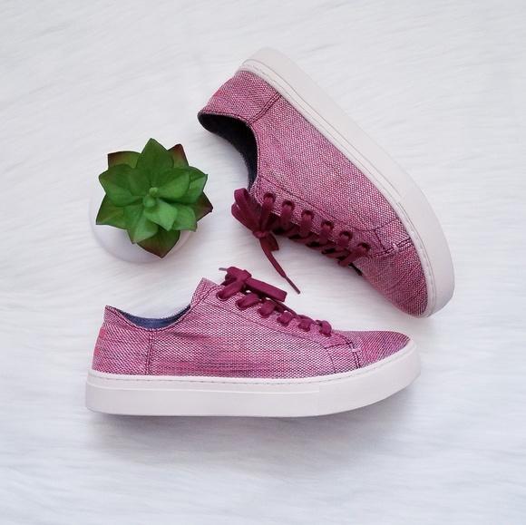 bace62ee0 NWT TOMS Women s Lenox Sneaker